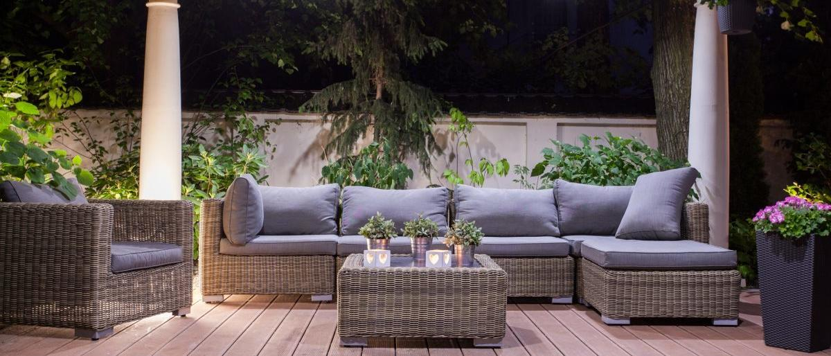 outdoor-couch